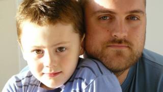 Elliot e o pai Ian