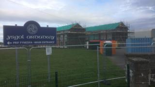 Ysgol Ardudwy entrance