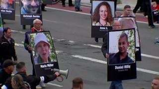 تظاهرات مخالفان و موافقان مهاجرت در آلمان