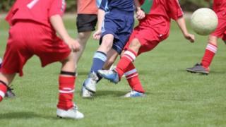 لاعبو كرة قدم