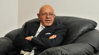 یوسف سالوجی، سفیر سابق آفریقای جنوبی در ایران، هماکنون بازنشسته است