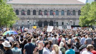 Wayfair protesters
