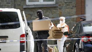 обыски в квартире у подозреваемого