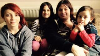 Samantha Allington and her three children