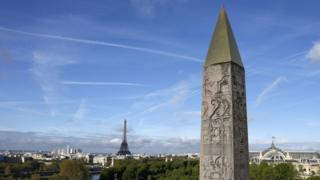 مسلة الأقصر في ميدان الكونكورد في باريس