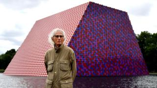 science Bulgarian artist Christo stands in front of his artwork Mastaba, built on the Serpentine lake in London, 18 June 2018