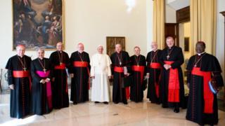 教宗方濟各與樞機主教們在一起(2013年10月1日)