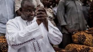 Adama Barrow yana da farin jini wajen matasa