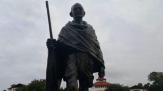 Sanamu ya Mahatma Ghandhi