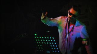 کنسرت رادیکال شاهین نجفی