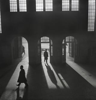 Interior of the Anhalter Bahnhof railway terminus near Potsdamer Platz, Berlin, 1929–early 1930s.