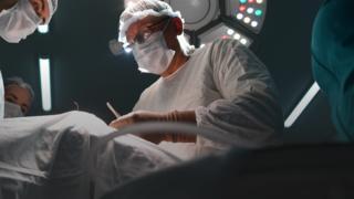 Surgeon, general shot