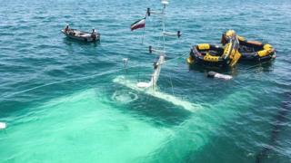 کشتی غرق شده در جزیره کیش