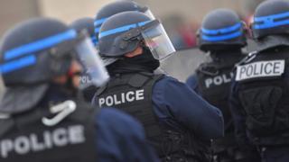 شرطة مكافحة الإرهاب الفرنسية