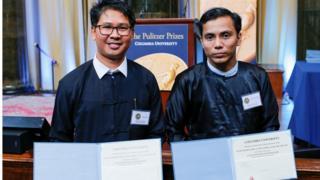 ရိုက်တာသတင်းထောက်များ ပူလစ်ဇာဆု လက်ခံယူ