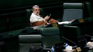مجتبی ذوالنوری رئیس کمیسیون امنیت ملی مجلس جز امضا کنندگان طرح تعقیب قضایی وزیر خارجه است