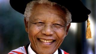 Nelson Mandela, le premier président noir de la république d'Afrique du Sud.