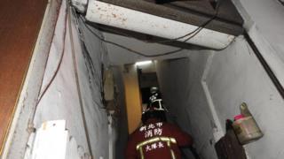 新北市中和區發生縱火案,地點是違法改裝隔間的老舊公寓。