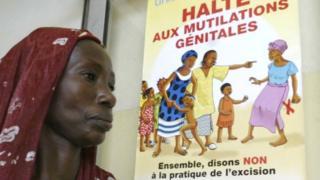 Selon elle, la loi viole les droits des femmes à participer à une pratique culturelle ancestrale.