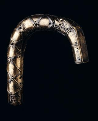 Quigrich or crosier head of St Fillan of Glendochart bronze with bands ornamented with niello 11th century.jpg