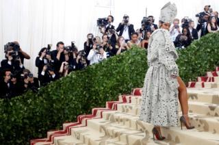 Singer Rihanna arrives at the Metropolitan Museum of Art Costume Institute Gala