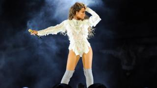 Beyonce performs on the Formation World Tour