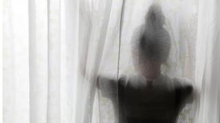 மாதவிடாய்க் கால மாத்திரைகளால் பாதிக்கப்படும் திருப்பூர் பெண் தொழிலாளர்கள்