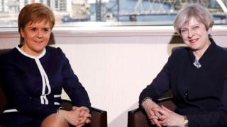 特里莎·梅與蘇格蘭首席部長妮可拉·斯特金