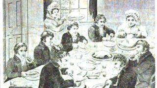 Семья за едой