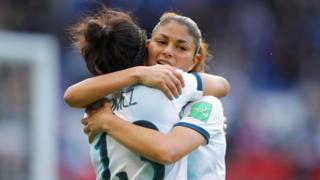 Virginia Gómez y Adriana Sachs