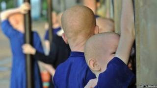 Les organes des personnes atteintes d'albinisme portent bonheur et apportent la richesse, selon certaines croyances au Malawi, en Tanzanie et Mozambique.