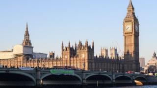Le pont de Westminster où les coups de feu auraient été tirés