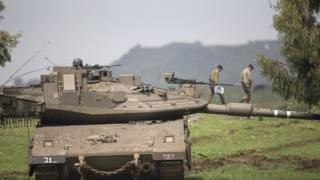 عناصر بالجيش الاسرائيلي