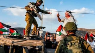 Tofauti zilizopo kuhusu Bonde la Jordan ni miongoni mwa maswala muhimu katika mazungumzo ya amani kati ya Israel na Palestina