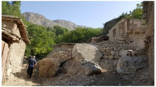 The dwellings of Dehibolo have been built into and around the rocks and boulders