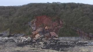 The rock fall at Oxwich Bay