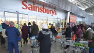 Sainsbury's shoppers queueing