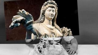 Римская императрица Ливия, жена Октавиана Августа, прожила 86 или 87 лет