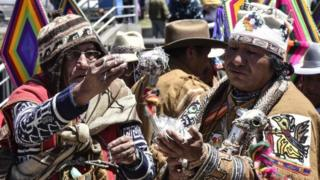 A group of Aymara priests perform a ritual in La Paz to send their energy to judges (28 September)