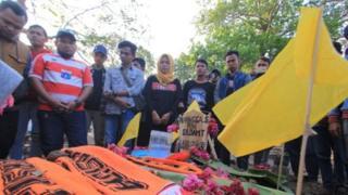 Pemakaman Haringga Sirilia, pendukung Persija yang meninggal dunia karena serangan fans Persib.