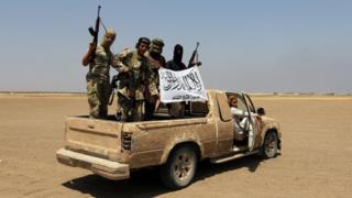 Suriye'nin kuzeyindeki İdlib'de Fetih El Şam üyeleri