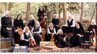 Les nonnes ont été invitées à jouer devant le Pape François à Juarez, au Mexique.