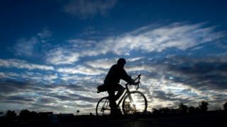(캡션) '흰 구름'을 인공적으로 만들어 기후변화를 막을 수 있을까