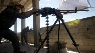 Бойцы сил курдской самообороны