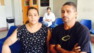 Rosileide Maria da Silva e Josenildo Nunes, pai de João Miguel, em Recife