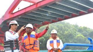 Jembatan Holtekamp di Jayapura, Papua.