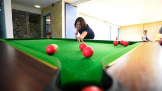 Scottish Labour leader Kezia Dugdale plays snooker