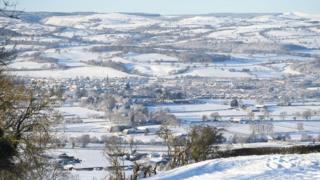 Северный Уэльс в снегу.