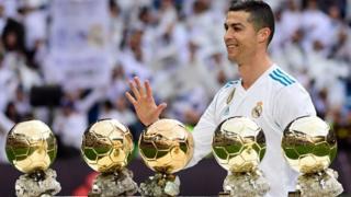 Cristiano Ronaldo, tout en or.