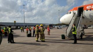 Easyjet flight emergency landing at Manchester